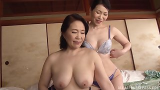 Asian lesbo models abandon their clothes and lick unendingly other