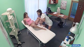 Pretty with the addition of horny Chloe Lovette gets her cunt pleased by a lesbian doctor