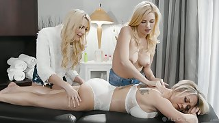 One young masseuses lick and be hung up on stunning jolt Dee Williams