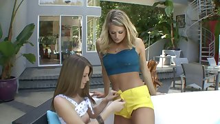 Ribbing wits the pool doubtful remainders with lesbian sex - Heather Starlet together with Delilah Blue